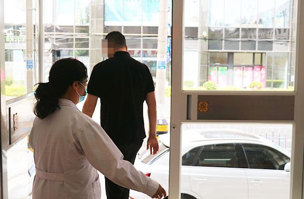 未雨绸缪:石家庄远大白癜风医院新冠肺炎疫情防控救治应急演练启动!